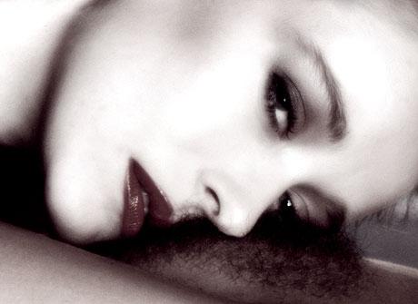 tendresse entre femmes -photo J. Bergaud
