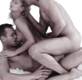photo anal sex trio 2 femmes 1 homme